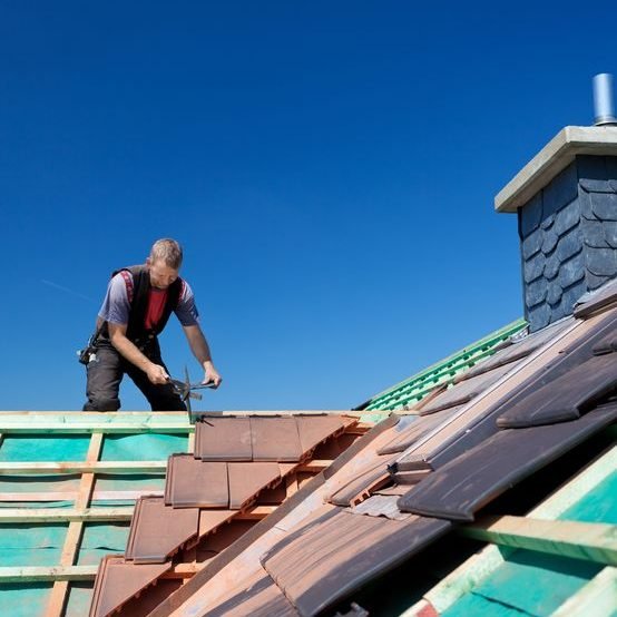 We Are the Contractors for You When You Need a Roofer in Old Westbury, Ny.
